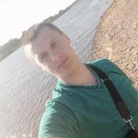 Илья Коновалов